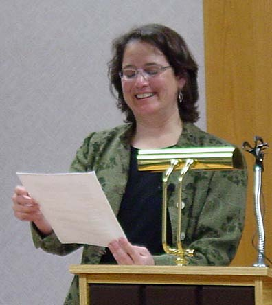 brenda miller lyric essay Writing creative nonfiction : instruction and insights shaping the lyric essay / brenda miller creative nonfiction : instruction and insights from teachers.